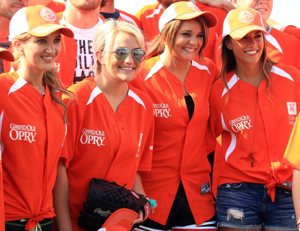 Jamie Lynn Spears「City of Hope Celebrity Softball Game at CMA Festival - Arrivals」:写真・画像(12)[壁紙.com]