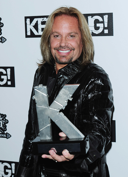 Leather Jacket「The Relentless Energy Drink Kerrang! Awards 2010 - Media Room」:写真・画像(6)[壁紙.com]