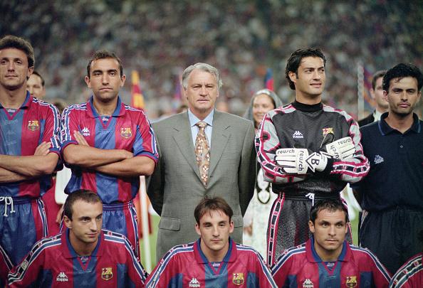 Barcelona - Spain「Bobby Robson and Jose Mourinho Barcelona v San Lorenzo 1996」:写真・画像(9)[壁紙.com]
