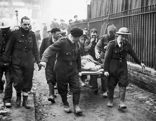 Physical Injury「Blitz Victim Rescued」:写真・画像(11)[壁紙.com]