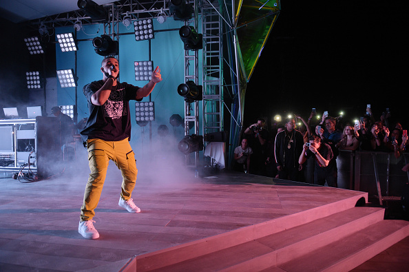 American Express「Drake & Virgil Abloh Celebrate Miami Art Week At The American Express Platinum House At The Miami Beach EDITION」:写真・画像(10)[壁紙.com]