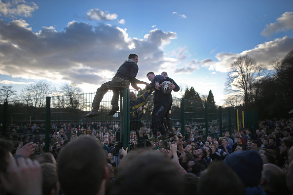Soccer「Royal Shrovetide Football Match Takes Place In Ashbourne」:写真・画像(14)[壁紙.com]