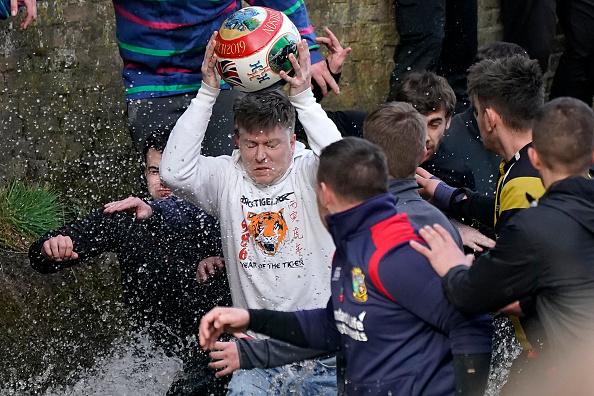 ゲーム「The 16-Hour Royal Shrovetide Football Match takes Place In Asbourne」:写真・画像(14)[壁紙.com]