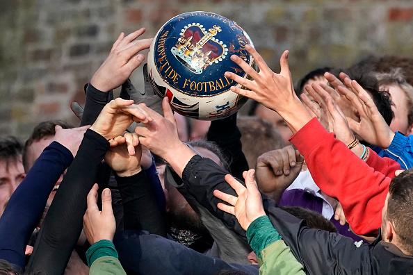 ゲーム「The 16-Hour Royal Shrovetide Football Match takes Place In Asbourne」:写真・画像(15)[壁紙.com]