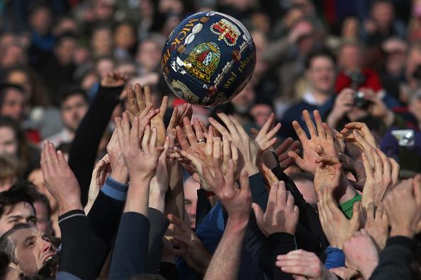 Tradition「Royal Shrovetide Football Match Takes Place In Ashbourne」:写真・画像(17)[壁紙.com]