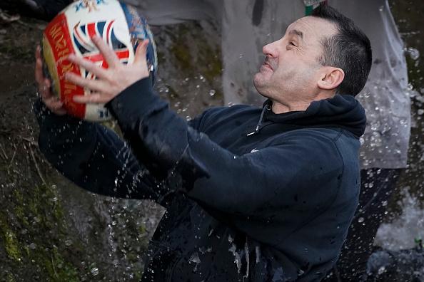 ゲーム「The 16-Hour Royal Shrovetide Football Match takes Place In Asbourne」:写真・画像(11)[壁紙.com]