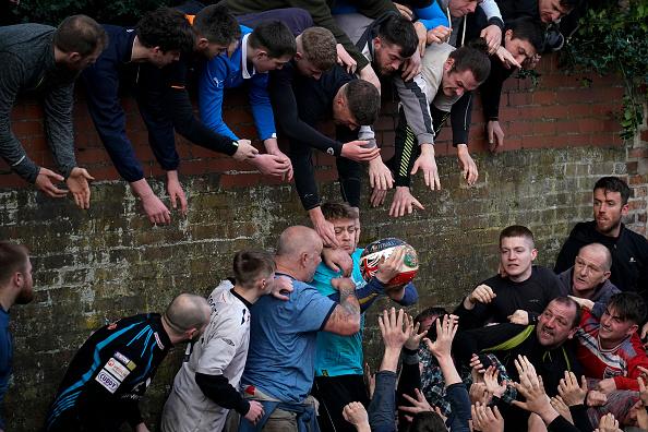 ゲーム「The 16-Hour Royal Shrovetide Football Match takes Place In Asbourne」:写真・画像(12)[壁紙.com]