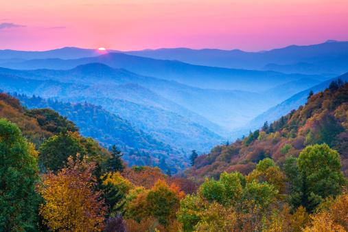 Great Smoky Mountains National Park「Autumn Mountain Sunrise」:スマホ壁紙(5)
