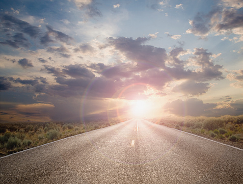 Horizon「Sun setting on remote highway」:スマホ壁紙(7)