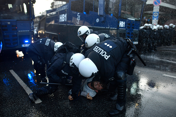 Hamburg - Germany「Protesters March During The G20 Summit」:写真・画像(17)[壁紙.com]