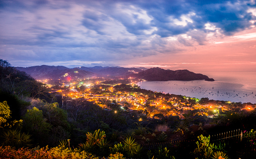Central America「Playas del Coco, Guanacaste, Costa Rica at dusk」:スマホ壁紙(7)