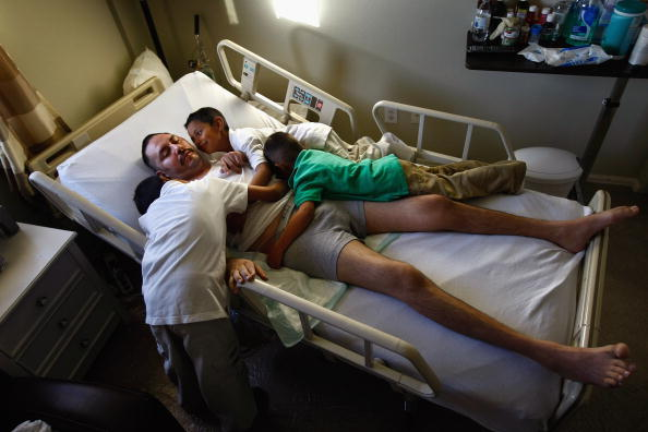 アメリカ合州国「Non-Profit Provides Home Health Care For Underinsured And Uninsured」:写真・画像(7)[壁紙.com]