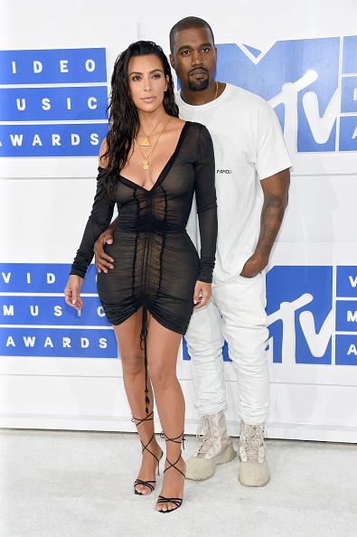 Kim Kardashian「2016 MTV Video Music Awards - Arrivals」:写真・画像(15)[壁紙.com]