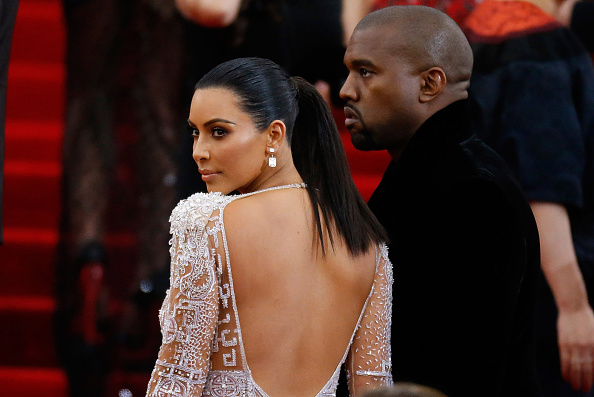 "Kim Kardashian「""China: Through The Looking Glass"" Costume Institute Benefit Gala - Outside Arrivals」:写真・画像(17)[壁紙.com]"