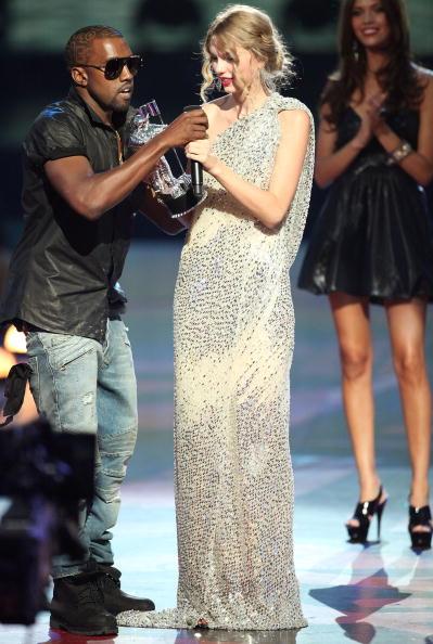 MTVビデオ・ミュージック・アワード「2009 MTV Video Music Awards - Show」:写真・画像(4)[壁紙.com]
