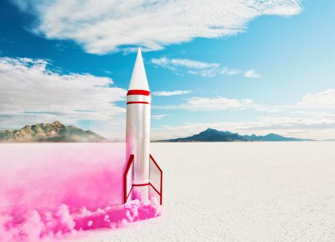 Bonneville Salt Flats「Smoking rocket on salt flats.」:スマホ壁紙(13)