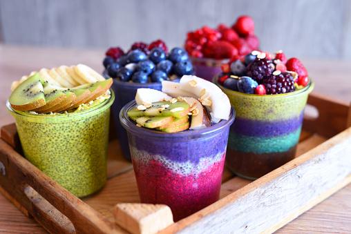 Kiwi「Chia and fruit pudding healthy and sugarfree food」:スマホ壁紙(16)