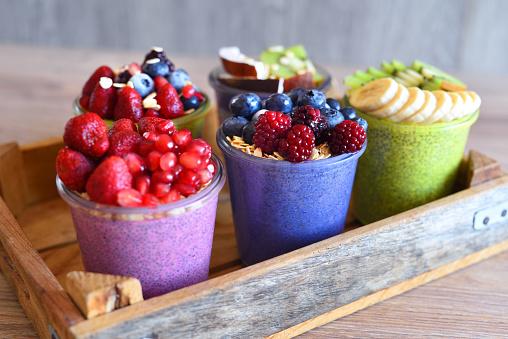 Kiwi「Chia and fruit smoothie healthy and sugarfree food」:スマホ壁紙(18)