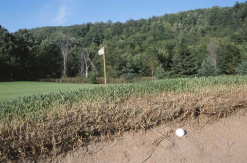 Sand Trap「Golf ball in sand trap」:スマホ壁紙(14)