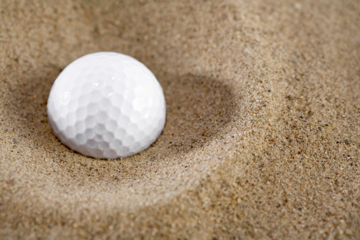 Sand Trap「Golf ball in sand, close-up」:スマホ壁紙(14)