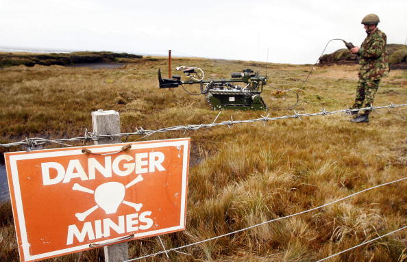 Mine「The Falkland Islands - 25 Years After The War」:写真・画像(15)[壁紙.com]