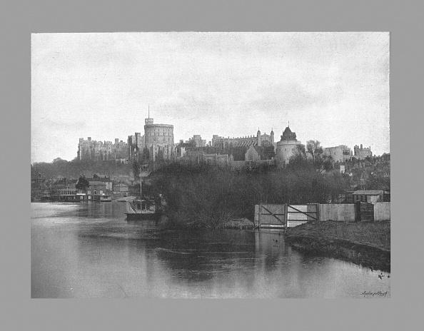 Riverbank「Windsor Castle, C1900」:写真・画像(8)[壁紙.com]