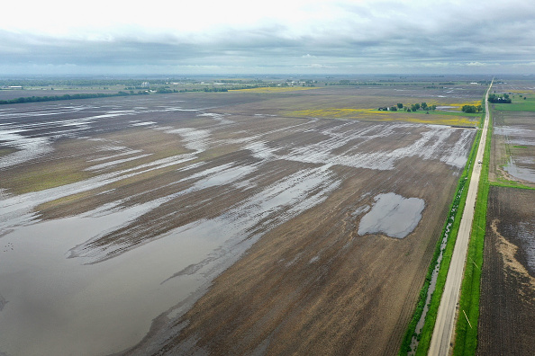 Agricultural Field「Midwest Flooding Threatens Planting Season For Many Farmers」:写真・画像(3)[壁紙.com]