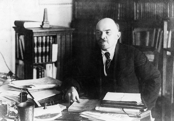 Politics「Lenin」:写真・画像(4)[壁紙.com]
