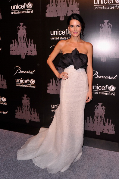 Frozen Water「The Ninth Annual UNICEF Snowflake Ball - Arrivals」:写真・画像(5)[壁紙.com]