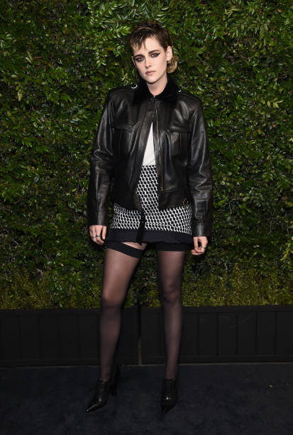 Kristen Stewart「Charles Finch And Chanel Pre-Oscar Awards Dinner At Madeo In Beverly Hills」:写真・画像(19)[壁紙.com]