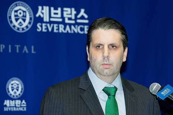 Han Myung-Gu「U.S. Ambassador To South Korea Lippert Released From the Hospital」:写真・画像(2)[壁紙.com]