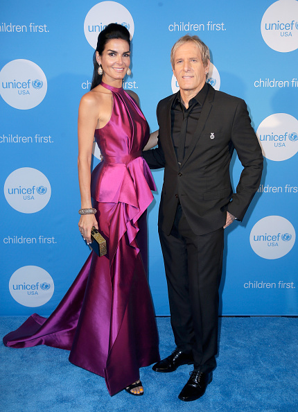 ピンク色のドレス「2017 UNICEF Audrey Hepburn Society Ball」:写真・画像(15)[壁紙.com]