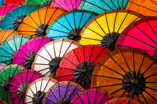 Souvenir「Colourful umbrellas At Street Market In Luang Prabang, Laos」:スマホ壁紙(7)