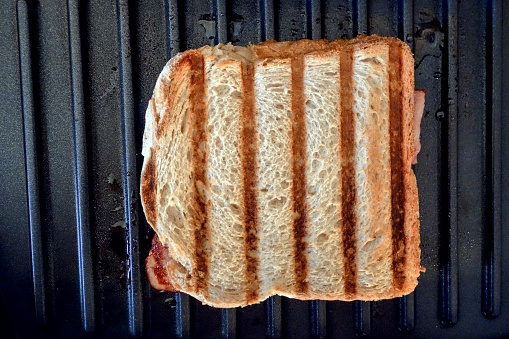 Griddle「Toastie on Electric Grill」:スマホ壁紙(18)