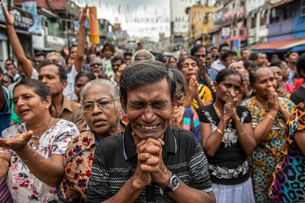 Colombo「Sri Lanka Mourns Victims of Easter Sunday Bombings」:写真・画像(16)[壁紙.com]
