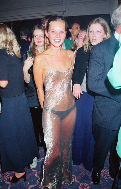Kate Moss at the 1993 Look of the Year Contest:ニュース(壁紙.com)