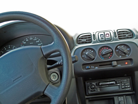 Passenger Cabin「Black steering wheel with airbag」:スマホ壁紙(7)