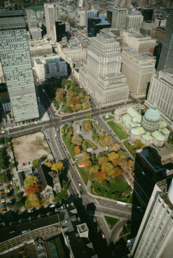 Boulevard「Aerial view of Dominion Square in Montreal, Quebec, Canada」:スマホ壁紙(0)