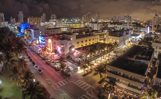 Miami Beach「Aerial view of Ocean Drive, South Beach, Miami, Florida, USA」:スマホ壁紙(11)