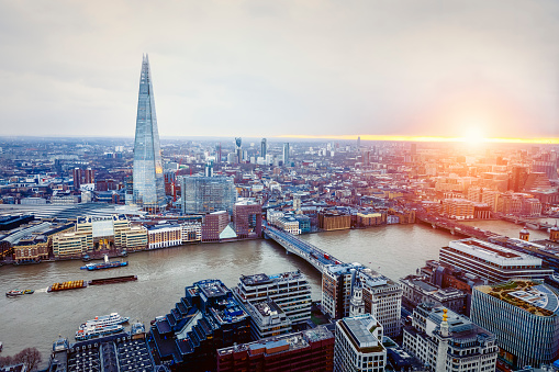 London Bridge - England「Aerial View of London with Shard and River Thames」:スマホ壁紙(14)