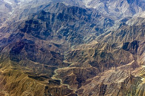 月「チベットと中国、アジアのタクラマカン砂漠の空撮」:スマホ壁紙(11)