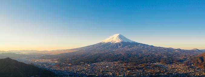 Lake Kawaguchiko「Aerial View of Fuji mountain and Kawaguchiko lake in morning, Japan」:スマホ壁紙(13)