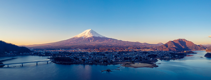 Lake Kawaguchiko「Aerial View of Fuji mountain and Kawaguchiko lake in morning, Japan」:スマホ壁紙(1)