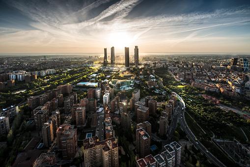 Development「Aerial view of Madrid, Spain」:スマホ壁紙(1)