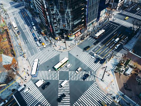 Tokyo - Japan「Aerial View of a Crossing in Ginza, Tokyo - Japan」:スマホ壁紙(11)