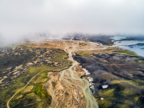 Nature's Window「Aerial view of volcanic landscape in highlands of Iceland.」:スマホ壁紙(11)