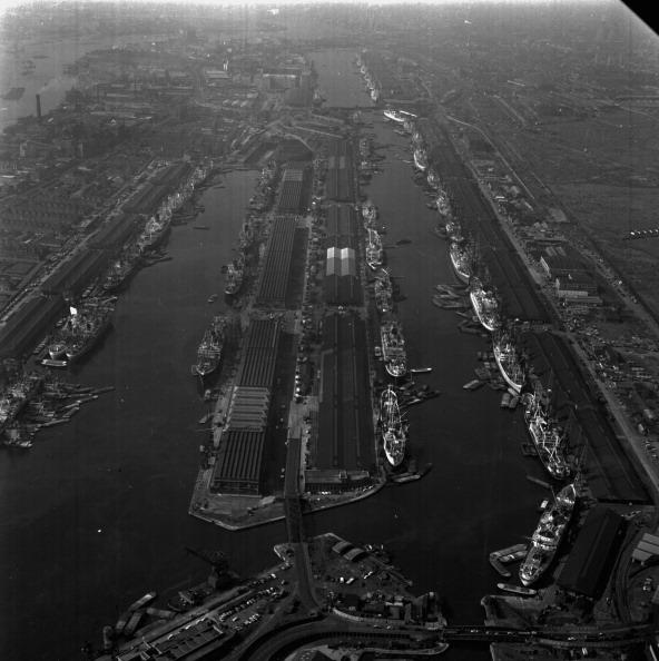 Victor Blackman「London Docklands」:写真・画像(14)[壁紙.com]