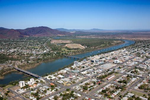 Queensland「Aerial view of Rockhampton, Queensland, Australia」:スマホ壁紙(14)