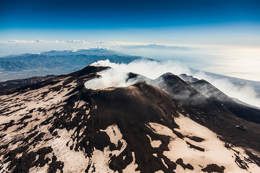 Active Volcano「Aerial view over Volcano Etna」:スマホ壁紙(1)