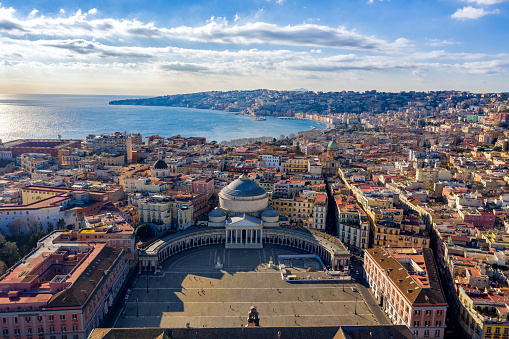 Travel Destinations「Aerial View of Naples, Italy」:スマホ壁紙(12)